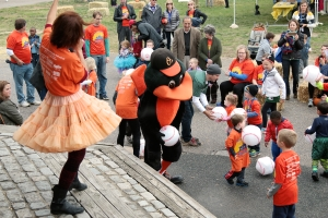 "The Oriole Bird joins in for a game during ""Baseball."""